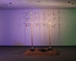 Edwin Rahardjo, Win(d) Rhythm, 2011, aluminum, rattan, brass, steel wire, stainless steel, plywood, sand, 3 instalasi @ ø 75 cm × 300 cm